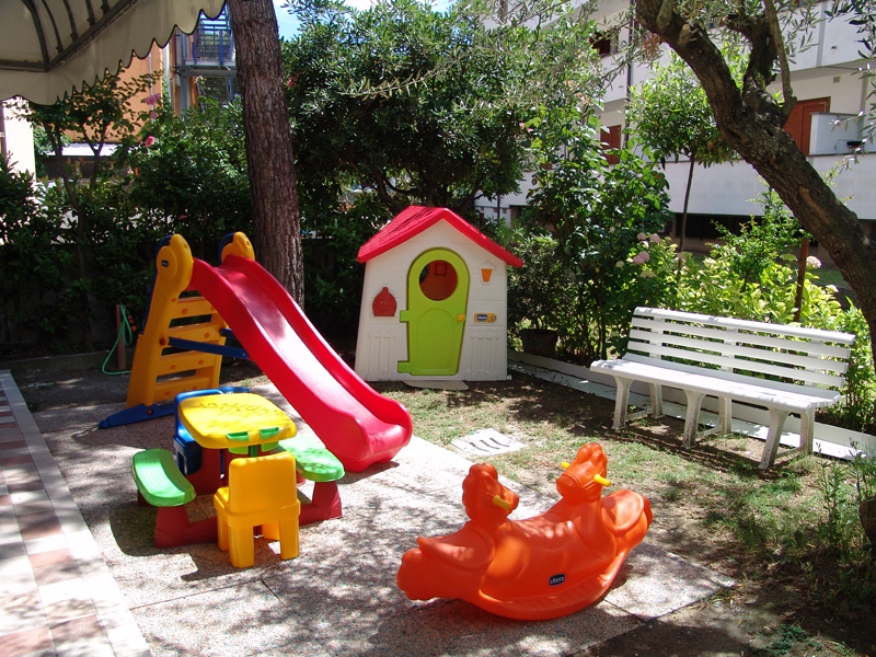 Extrêmement Parco giochi per bambini - Hotel Crystal BM78